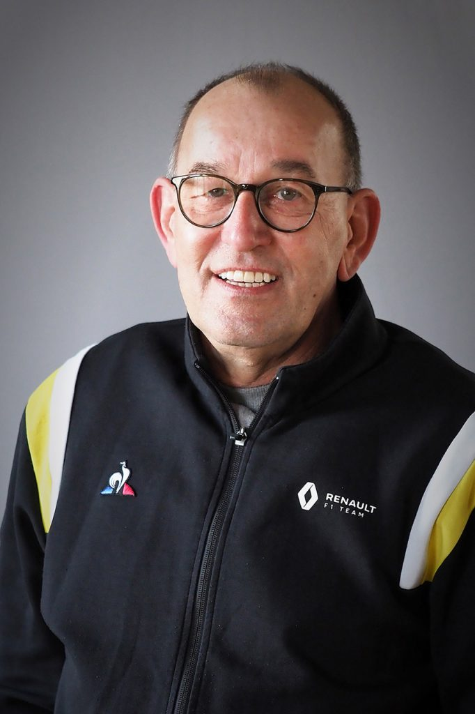 Mario Dernbach Autohaus Schouren Team