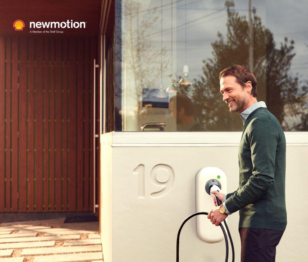 Machen Sie Ihr Unternehmen mit modernen Ladelösungen von newmotion zukunftsfähig - Autohaus Schouren
