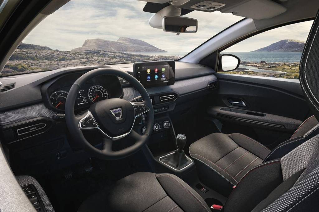 Innenraum mit zahlreichen Staumöglichkeiten beim Dacia JOGGER Autohaus Schouren