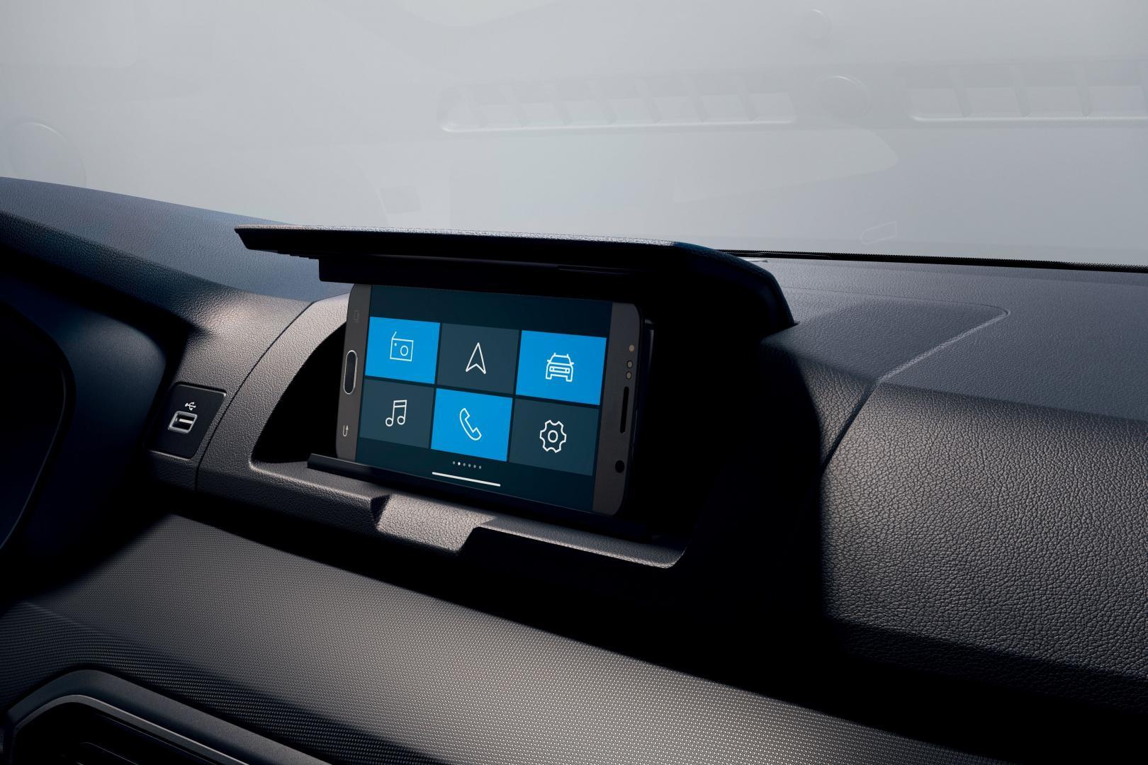 Das Infotainment des Dacia SANDERO Autohaus Schouren