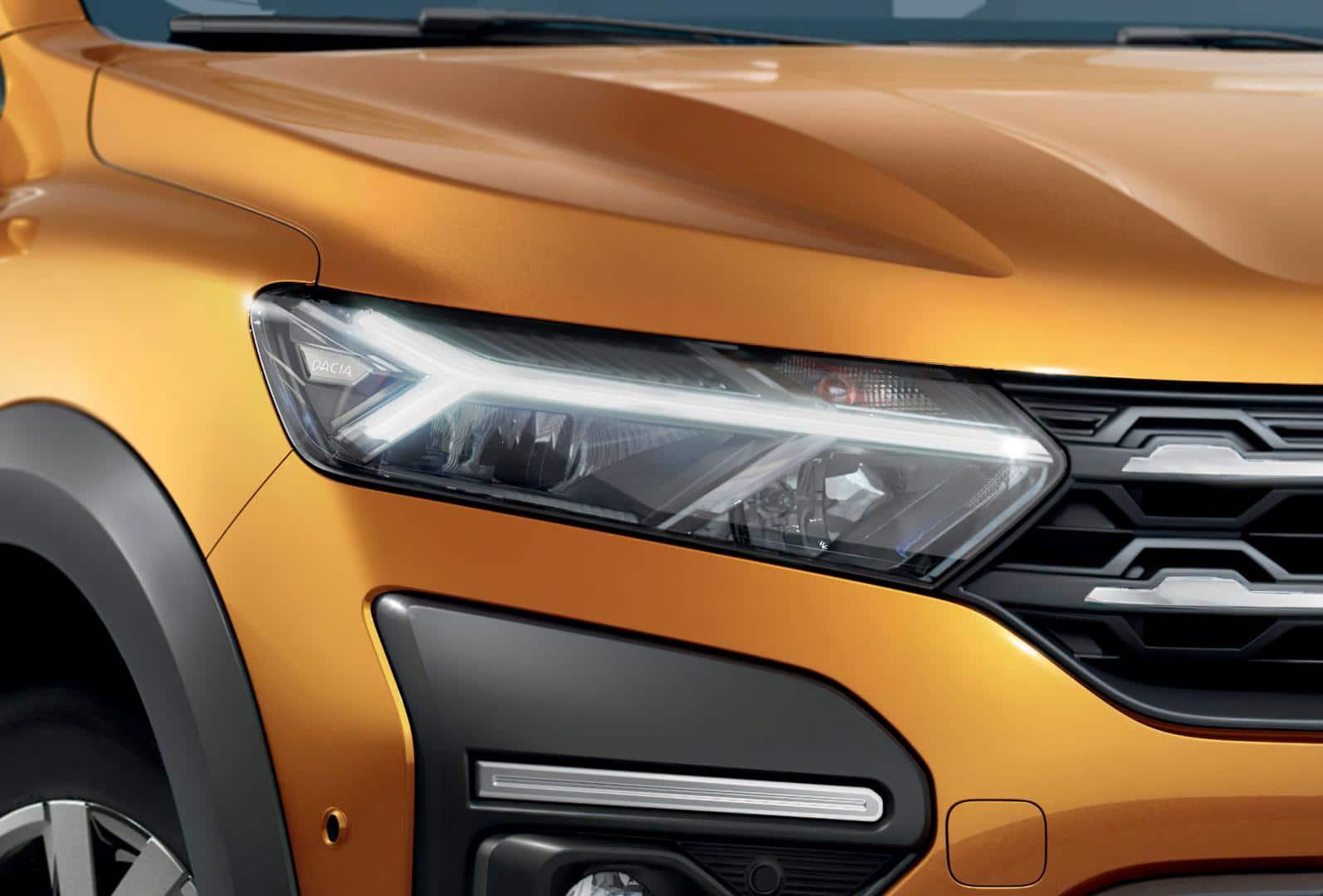 Neue Dacia Lichtsignatur beim Dacia SANDERO STEPWAY Autohaus Schouren