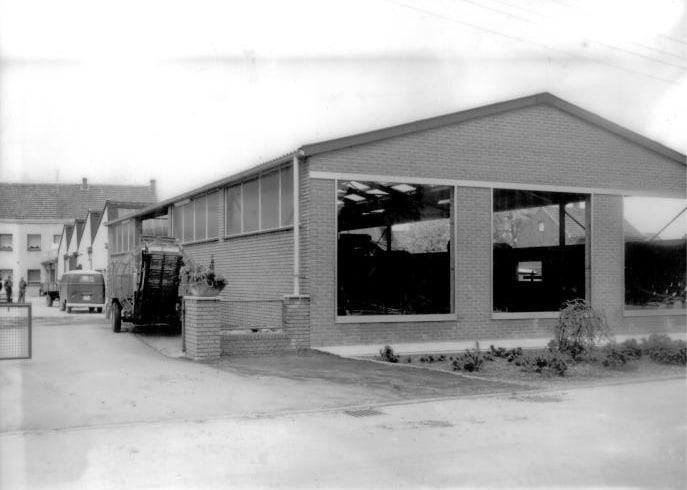 Werkstatt und Verkauf von Landmaschinen