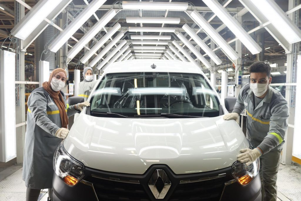 beim Renault EXPRESS Kompakttransporter Autohaus Schouren