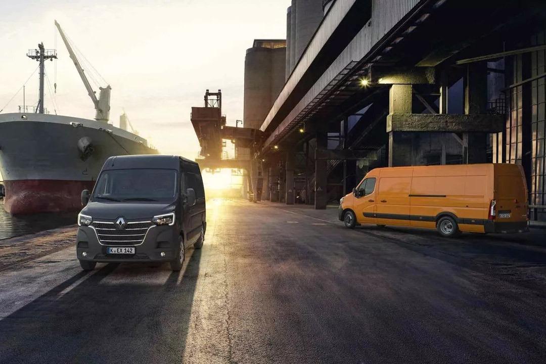 Traktionslösungen beim Renault MASTER Kastenwagen Autohaus Schouren