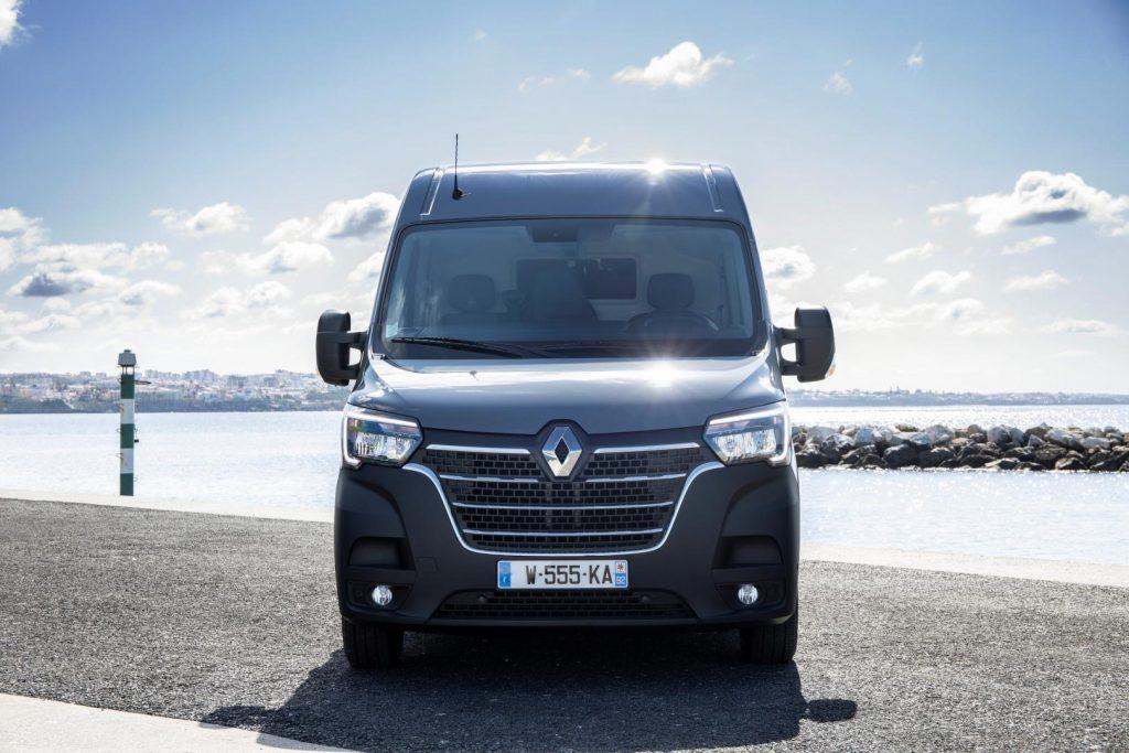 Rundum aktualisierte 2,3-Liter-Turbodieselmotoren beim Renault MASTER Kastenwagen Autohaus Schouren