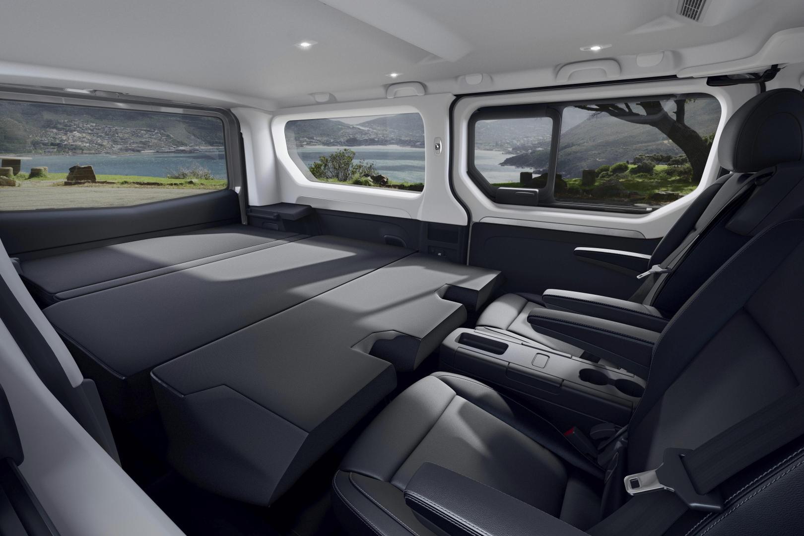 Renault TRAFIC Combi SpaceClass Escapade Paket Autohaus Schouren