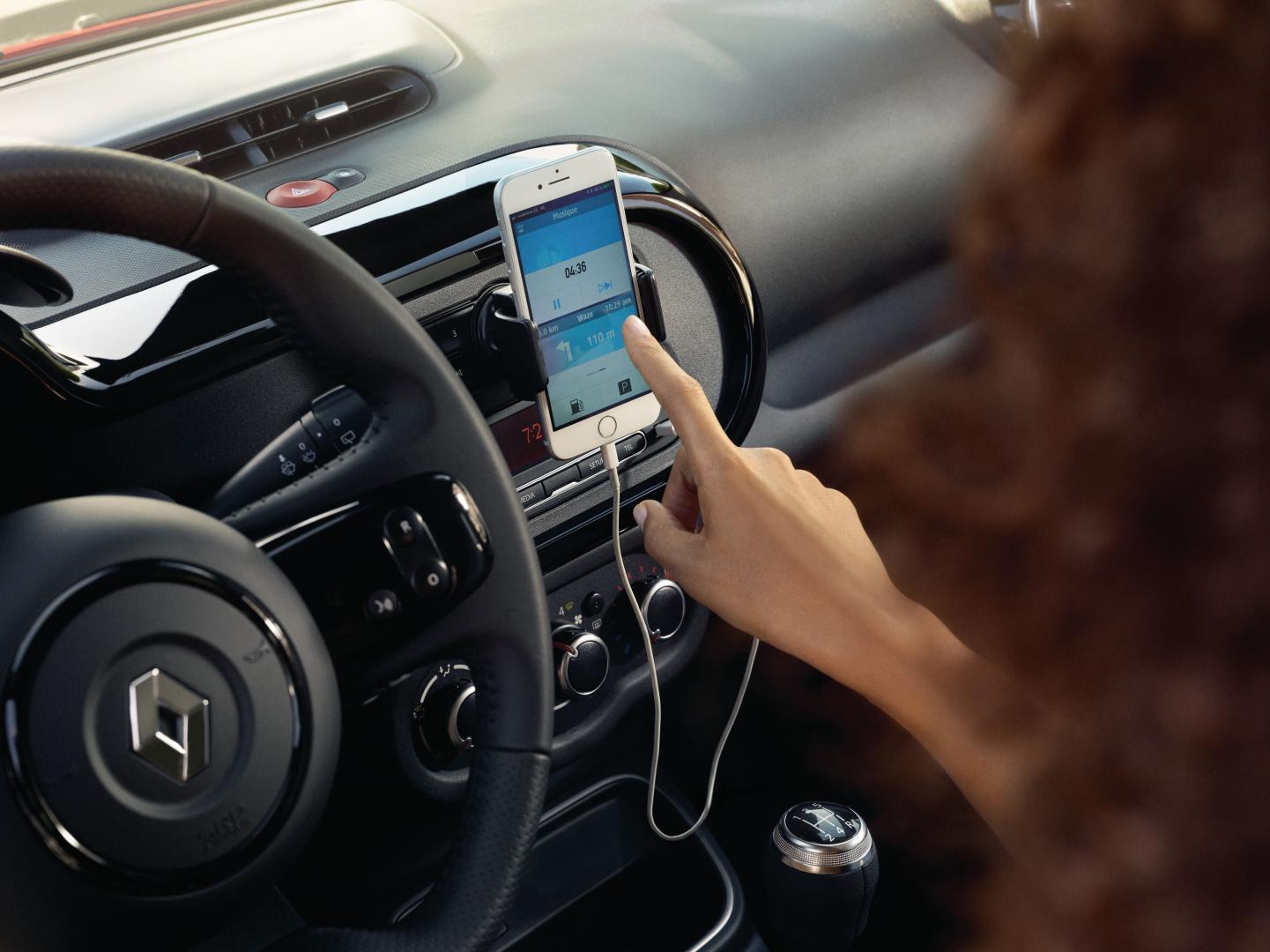 Online-Multimediasystem Easy Link des Renault TWINGO Autohaus Schouren