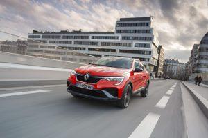 Renault ARKANA bei Autohaus Schouren